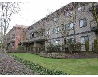 "Main Photo: 202 535 BLUE MOUNTAIN ST in Coquitlam: Central Coquitlam Condo for sale in ""REGAL COURT"" : MLS®# V583930"