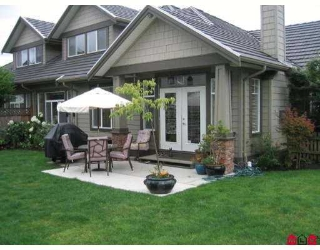 "Main Photo: 1 5688 152ND Street in Surrey: Sullivan Station Townhouse for sale in ""Sullivan Gate"" : MLS® # F2719770"
