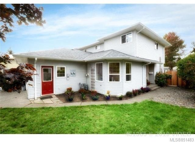 FEATURED LISTING: B - 4658 Northland Pl