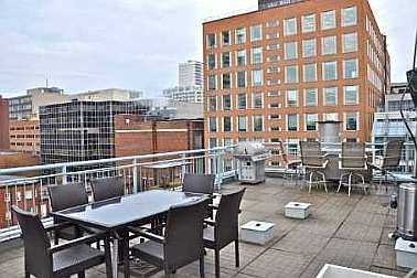 Photo 9: 39 ROEHAMPTON AVE in TORONTO: Condo for sale : MLS® # C1844292