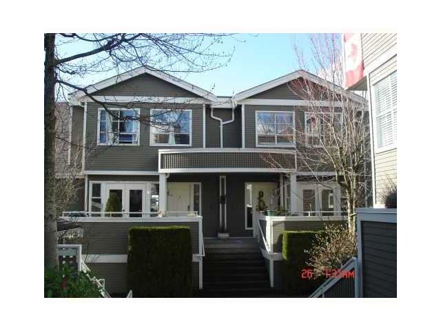 "Main Photo: # B1 240 W 16TH ST in North Vancouver: Central Lonsdale Condo for sale in ""PARKVIEW PLACE"" : MLS®# V866229"