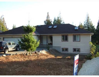Main Photo: 7904 REDROOFFS Road in Halfmoon_Bay: Halfmn Bay Secret Cv Redroofs House for sale (Sunshine Coast)  : MLS® # V668111