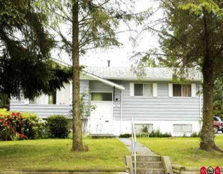 Main Photo: 15414 26TH AV in White Rock: King George Corridor House for sale (South Surrey White Rock)  : MLS® # F2611123