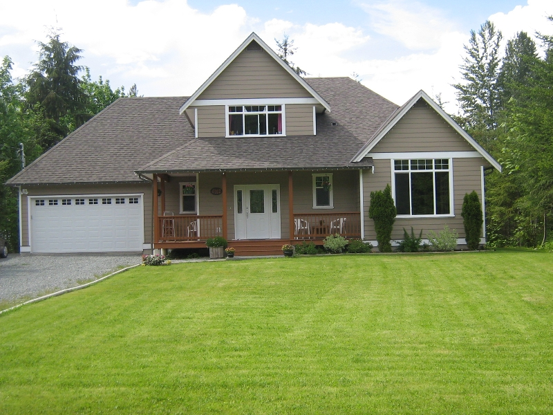 Photo 1: Photos: 6762 WALL STREET in HONEYMOON BAY: House for sale : MLS® # 272058