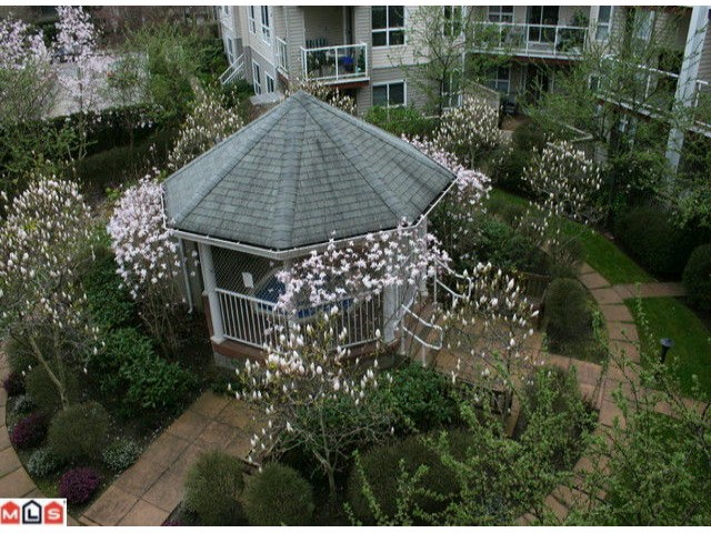 "Photo 9: # 306 1588 BEST ST: White Rock Condo for sale in ""The Monterey"" (South Surrey White Rock)  : MLS® # F1005930"