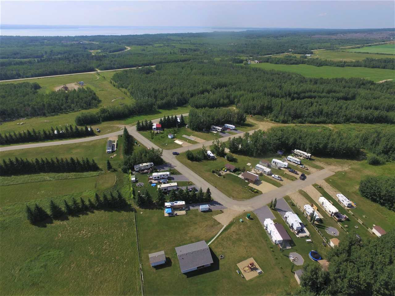 FEATURED LISTING: #39 Pigeon Lake Escapes Rural Wetaskiwin County