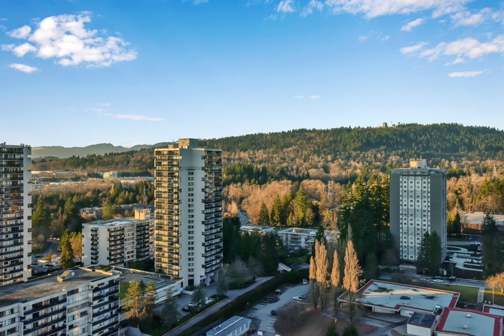 FEATURED LISTING: 2502 - 3755 BARTLETT Court Burnaby