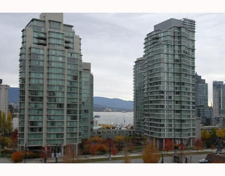 "Main Photo: 7B 735 BIDWELL Street in Vancouver: West End VW Condo for sale in ""735 BIDWELL"" (Vancouver West)  : MLS(r) # V795269"