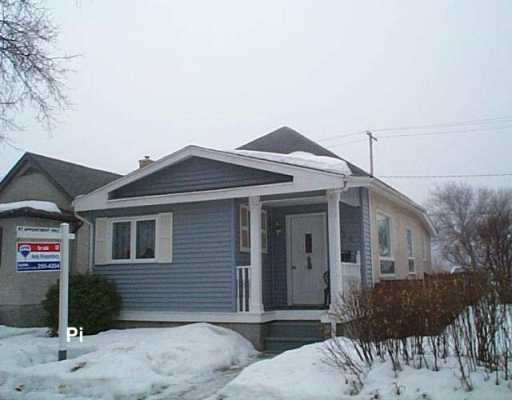 Main Photo: 334 MELROSE Avenue West in Winnipeg: Transcona Single Family Detached for sale (North East Winnipeg)  : MLS(r) # 2703935