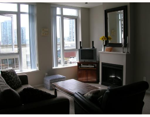 "Main Photo: 605 1001 HOMER Street in Vancouver: Downtown VW Condo for sale in ""BENTLEY"" (Vancouver West)  : MLS(r) # V655395"