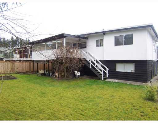 Photo 10: 858 ESSEX Avenue in Port_Coquitlam: Lincoln Park PQ House for sale (Port Coquitlam)  : MLS(r) # V697396