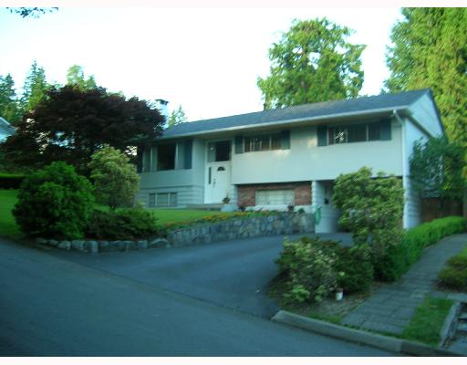 Main Photo: 1279 BRACKNELL Place in North_Vancouver: Canyon Heights NV House for sale (North Vancouver)  : MLS® # V658651