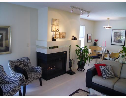 "Main Photo: 306 1188 CARDERO Street in Vancouver: West End VW Condo for sale in ""THE HAMPSTEAD"" (Vancouver West)  : MLS(r) # V696316"