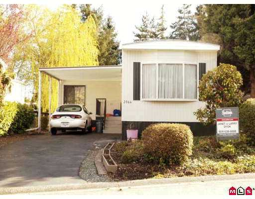 "Main Photo: 2064 CUMBRIA Drive in White_Rock: King George Corridor Manufactured Home for sale in ""CRANLEY PLACE"" (South Surrey White Rock)  : MLS®# F2707458"