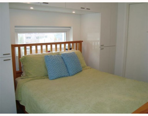 "Photo 5: # 402 328 E 11TH AV in Vancouver: Mount Pleasant VE Condo for sale in ""UNO"" (Vancouver East)  : MLS(r) # V806566"
