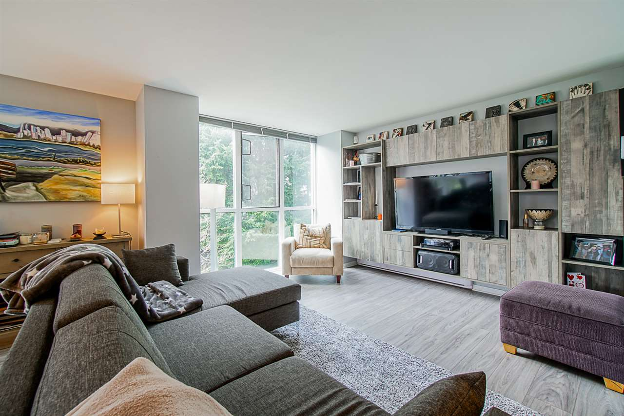 FEATURED LISTING: 202 - 1633 10TH Avenue West Vancouver