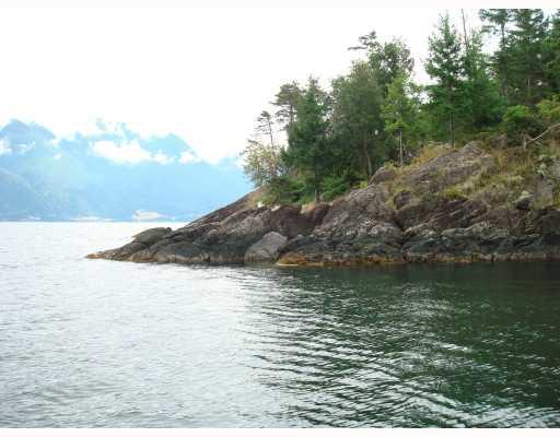 "Main Photo: # LT 34 BRIGADE BAY BB in Gambier Harbour: Gambier Island Home for sale in ""BRIGADE BAY, GAMBIER ISLAND"" (Islands-Van. & Gulf)  : MLS®# V794480"
