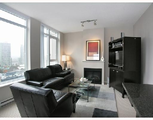 "Main Photo: 1103 1001 HOMER Street in Vancouver: Downtown VW Condo for sale in ""THE BENTLEY"" (Vancouver West)  : MLS® # V699236"