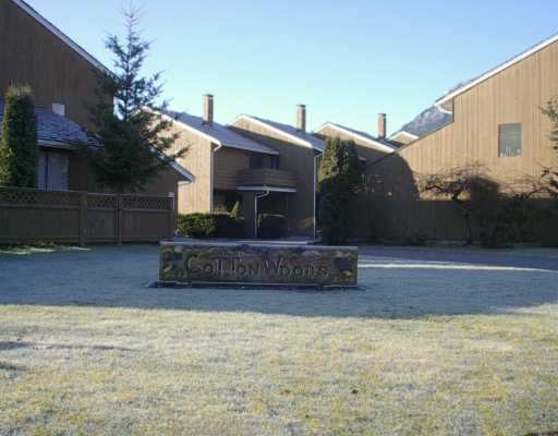 "Photo 1: Photos: 1500 JUDD Road: Brackendale Townhouse for sale in ""COTTONWOODS"" (Squamish)  : MLS(r) # V628988"