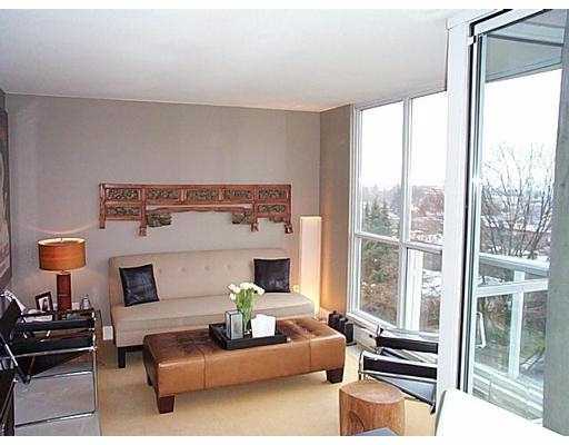 "Photo 2: 802 1686 W 13TH AV in Vancouver: Fairview VW Condo for sale in ""DORCHESTER PINES"" (Vancouver West)  : MLS® # V578719"