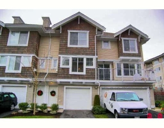 "Main Photo: 55 20760 DUNCAN Way in Langley: Langley City Townhouse for sale in ""WYNDHAM LANE"" : MLS®# F2731154"