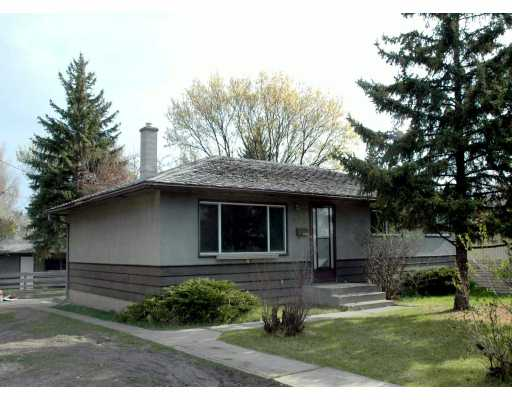 Main Photo:  in CALGARY: Kingsland Residential Detached Single Family for sale (Calgary)  : MLS(r) # C3208762