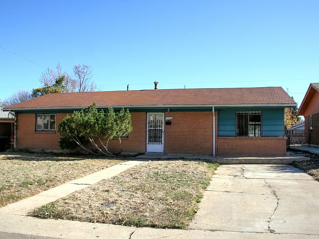 Main Photo: 2548 S Patton Court in Denver: House for sale : MLS® # 1047532