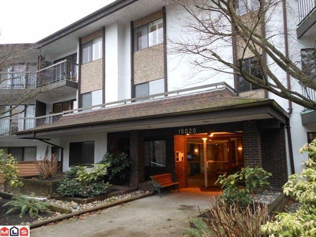 "Main Photo: # 115 15020 N BLUFF RD: White Rock Condo for sale in ""North Bluff Village"" (South Surrey White Rock)  : MLS® # F1200400"