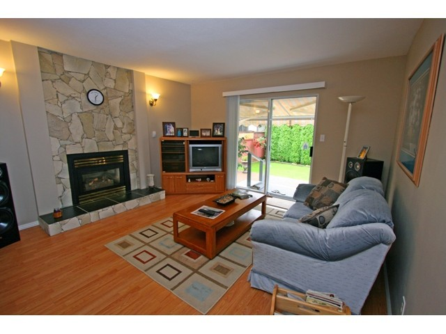 Photo 5:  in Pitt Meadows: Mid Meadows House for sale : MLS(r) # V921424