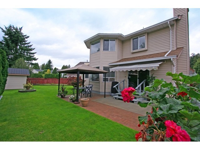 Photo 10:  in Pitt Meadows: Mid Meadows House for sale : MLS(r) # V921424