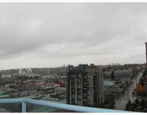 "Photo 2: 1502 55 10TH Street in New Westminster: Downtown NW Condo for sale in ""WESTMINSTER TOWER"" : MLS® # V795862"