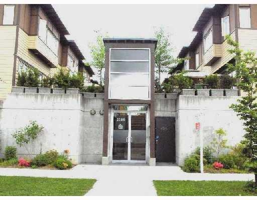 Main Photo: # 7 2389 CHARLES ST in Vancouver: Condo for sale : MLS® # V710163