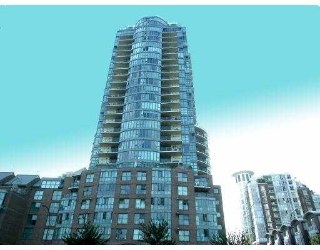 "Main Photo: 1188 QUEBEC Street in Vancouver: Mount Pleasant VE Condo for sale in ""CITY GATE ONE"" (Vancouver East)  : MLS(r) # V629409"