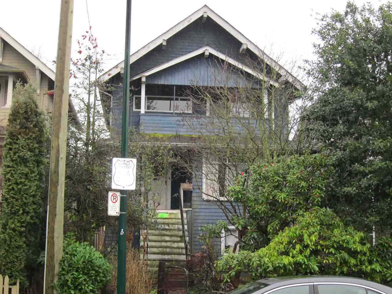 FEATURED LISTING: 2734 5TH Avenue West Vancouver