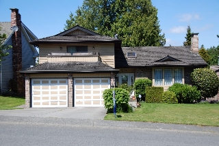 Main Photo: 503 Connaught Dr. in Tsawwassen: Condo for sale