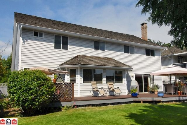 Photo 10: 14460 18A AV in Surrey: House for sale : MLS® # F1021975
