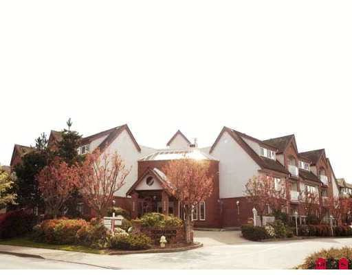 "Main Photo: 204 2229 152ND Street in White_Rock: Sunnyside Park Surrey Condo for sale in ""Semiahmoo Court"" (South Surrey White Rock)  : MLS®# F2813826"