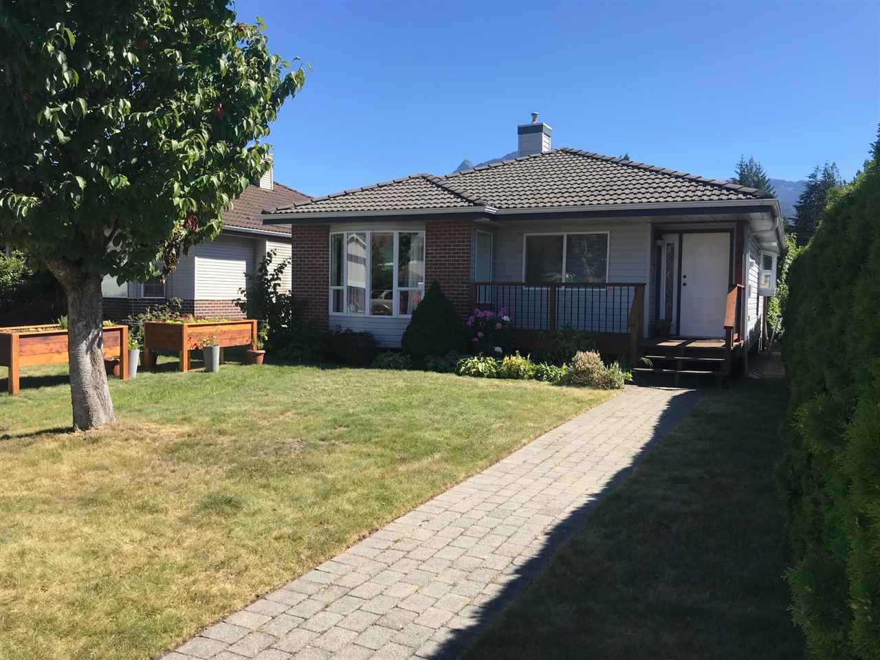 FEATURED LISTING: 1826 WILLOW Crescent Squamish