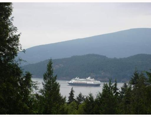 "Main Photo: 931 WINDJAMMER Road: Bowen Island House for sale in ""BLUEWATER"" : MLS® # V637281"