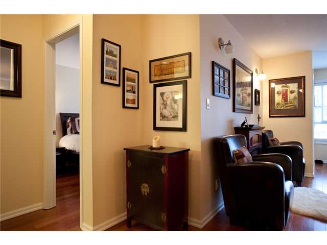 Photo 7: # 201 4990 MCGEER ST in Vancouver: Collingwood VE Condo for sale (Vancouver East)  : MLS(r) # V827027