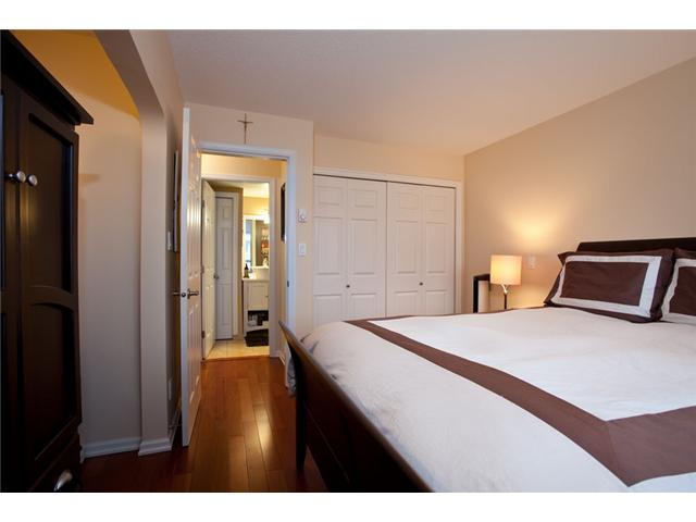 Photo 8: # 201 4990 MCGEER ST in Vancouver: Collingwood VE Condo for sale (Vancouver East)  : MLS(r) # V827027
