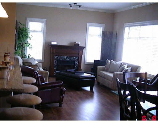 "Main Photo: 412 45753 STEVENSON Road in Sardis: Sardis East Vedder Rd Condo for sale in ""PARK PLACE II"" : MLS® # H2704956"
