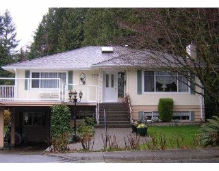Main Photo: 1150 HANDSWORTH RD in North Vancouver: Canyon Heights NV House for sale : MLS® # V592602