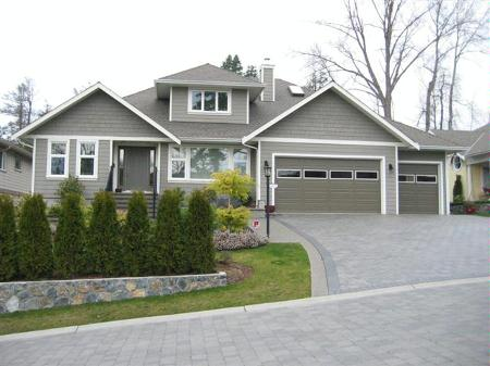 Main Photo: 4097 Braefoot Rd.: RED for sale (Mt Doug)  : MLS® # 226344