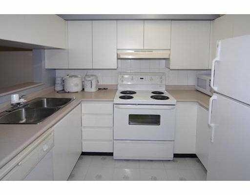 Photo 2: # 103 525 AGNES ST in New Westminster: Condo for sale : MLS(r) # V782912