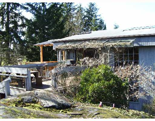 Main Photo: 4477 STRATHCONA Road in North Vancouver: Deep Cove House for sale : MLS® # V643186