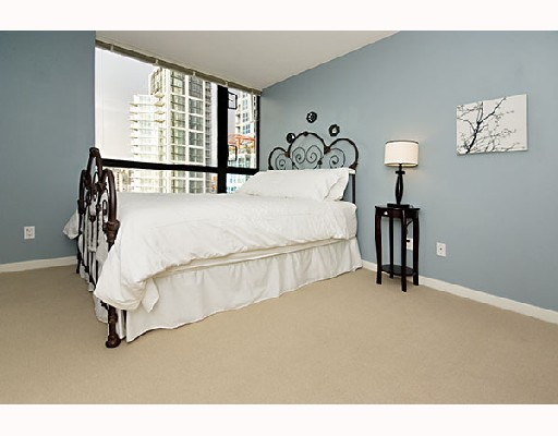 "Photo 4: 2309 1295 RICHARDS Street in Vancouver: Downtown VW Condo for sale in ""OSCAR"" (Vancouver West)  : MLS® # V680332"