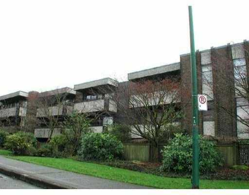 Photo 1: 304 2416 W 3RD AV in Vancouver: Kitsilano Condo for sale (Vancouver West)  : MLS(r) # V548861