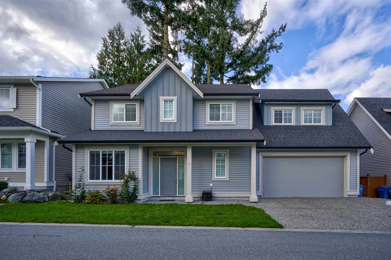 FEATURED LISTING: 3 - 33973 HAZELWOOD Avenue Abbotsford