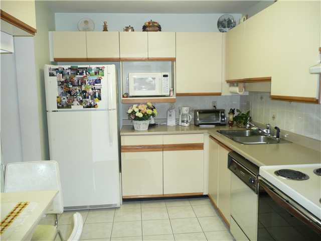 "Photo 6: # 804 5790 PATTERSON AV in Burnaby: Metrotown Condo for sale in ""THE REGENT"" (Burnaby South)  : MLS® # V882321"